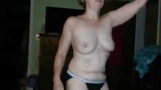 My kinky shameless GF demonstrates her willingness to strip on camera