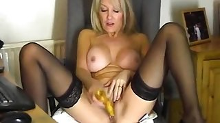Your mommy plays with hot pussy be fitting of me !