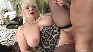 Chubby adult plays with the young dick there smashing scenes