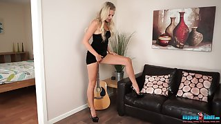 Wondrous and bright blonde nympho Ashley Jayne wanna flavour her nice body