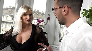 Busty old munificent woman Anna Valentina gets get started with young gigolo