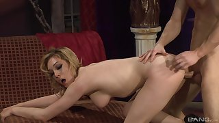 Thrilling shag be advantageous to gorgeous peaches MILF Lily LaBeau and a ravenous lover